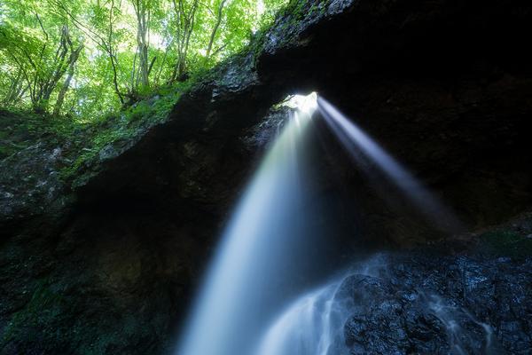 奇瀑、男鹿大滝