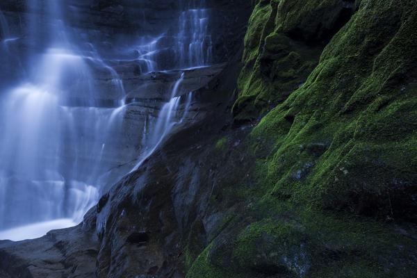 ゴルジュの奥にある梨沢不動滝
