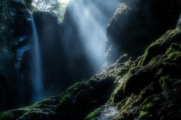 棧(かけはし)の滝