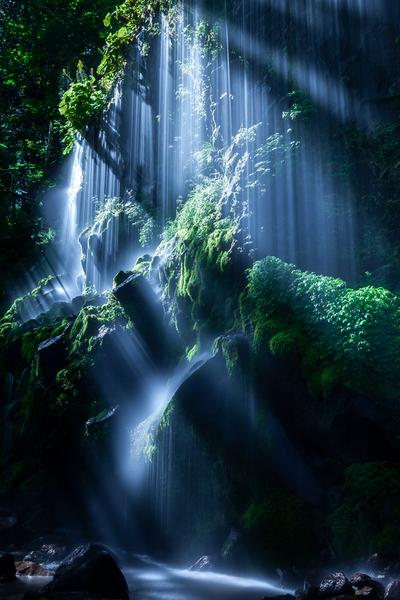 眞俣谷の無名滝